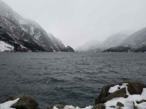 Norsko vichr nad jezerem